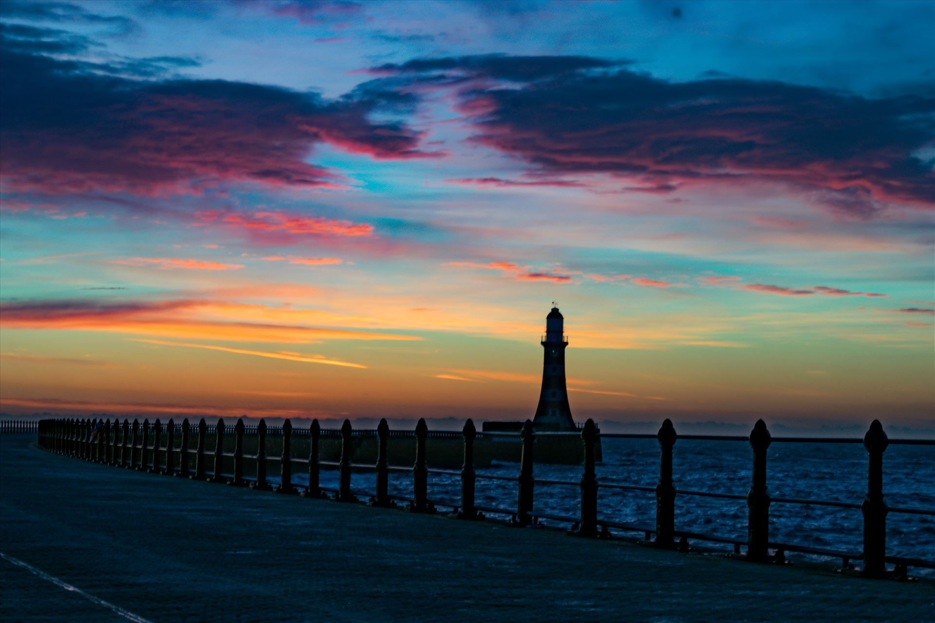 Roker Lighthouse at Sunrise - Roker at sunrise by AJ Stoves Photography